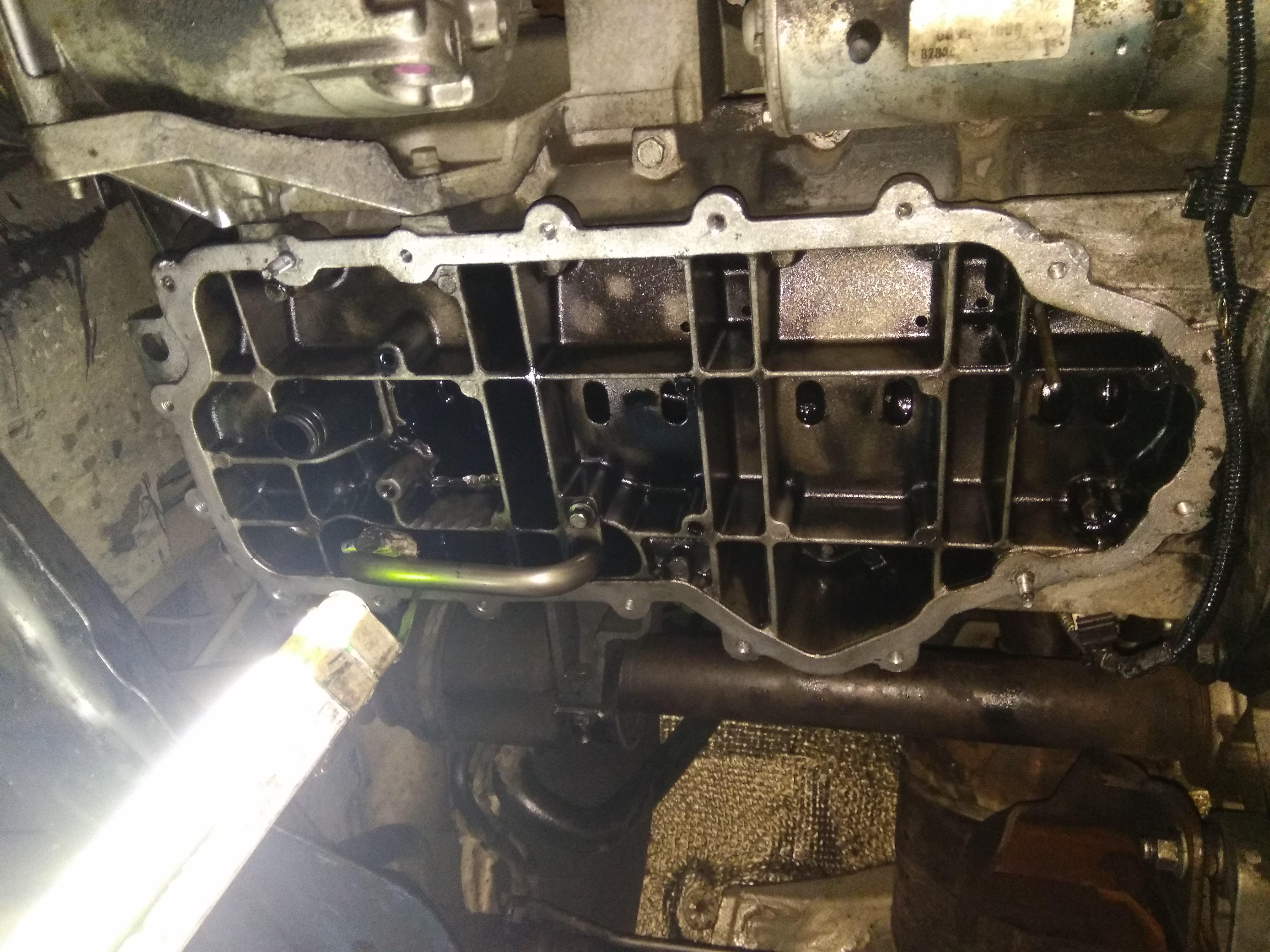 Фото Снятие и мойка поддона двигателя