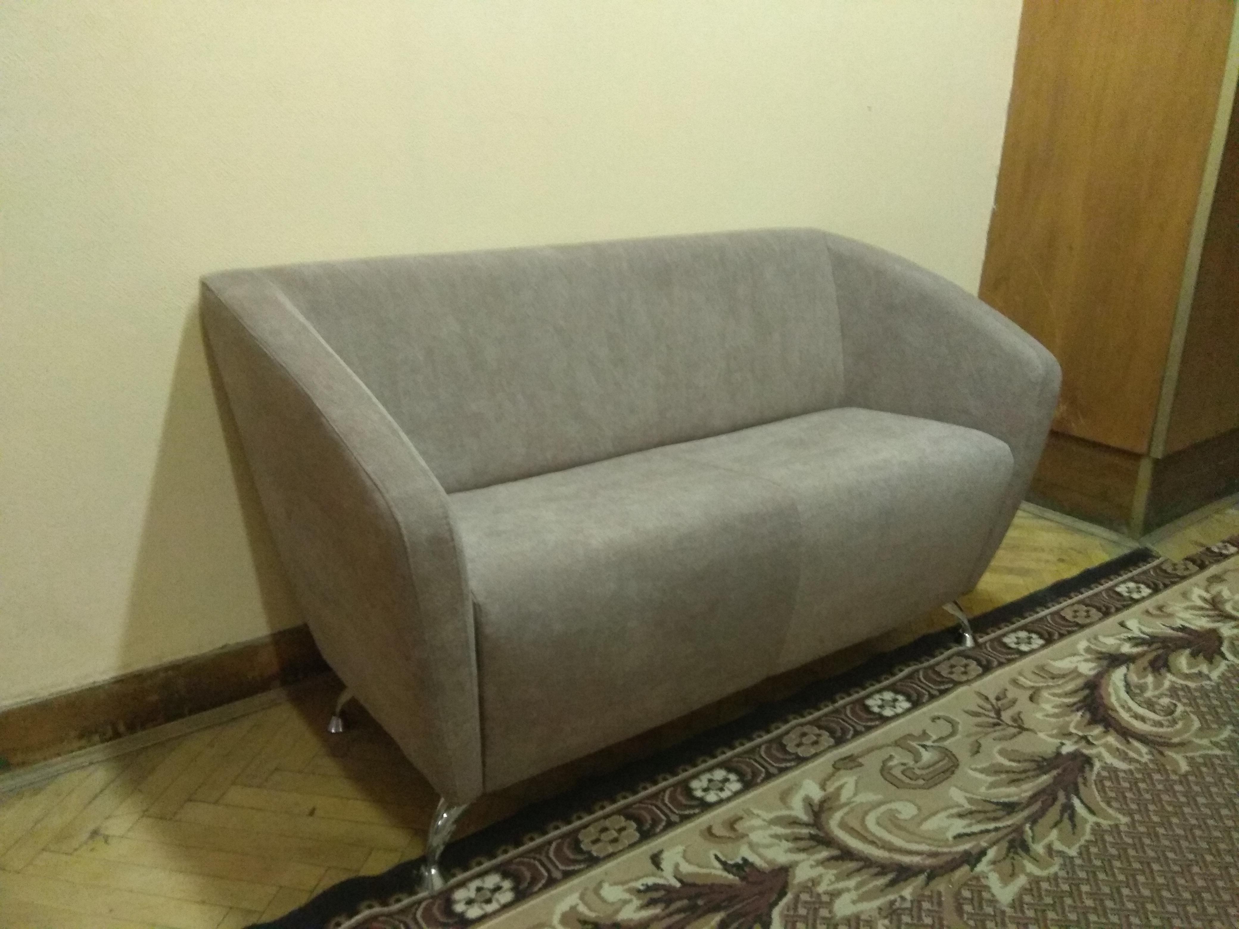 Фото Перетяжка дивана , от 2 до 4 дней.