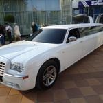 Прокат (аренда) лимузинов в Черкассах и области Chrysler 300C, Mercedes, Lincoln Town Car