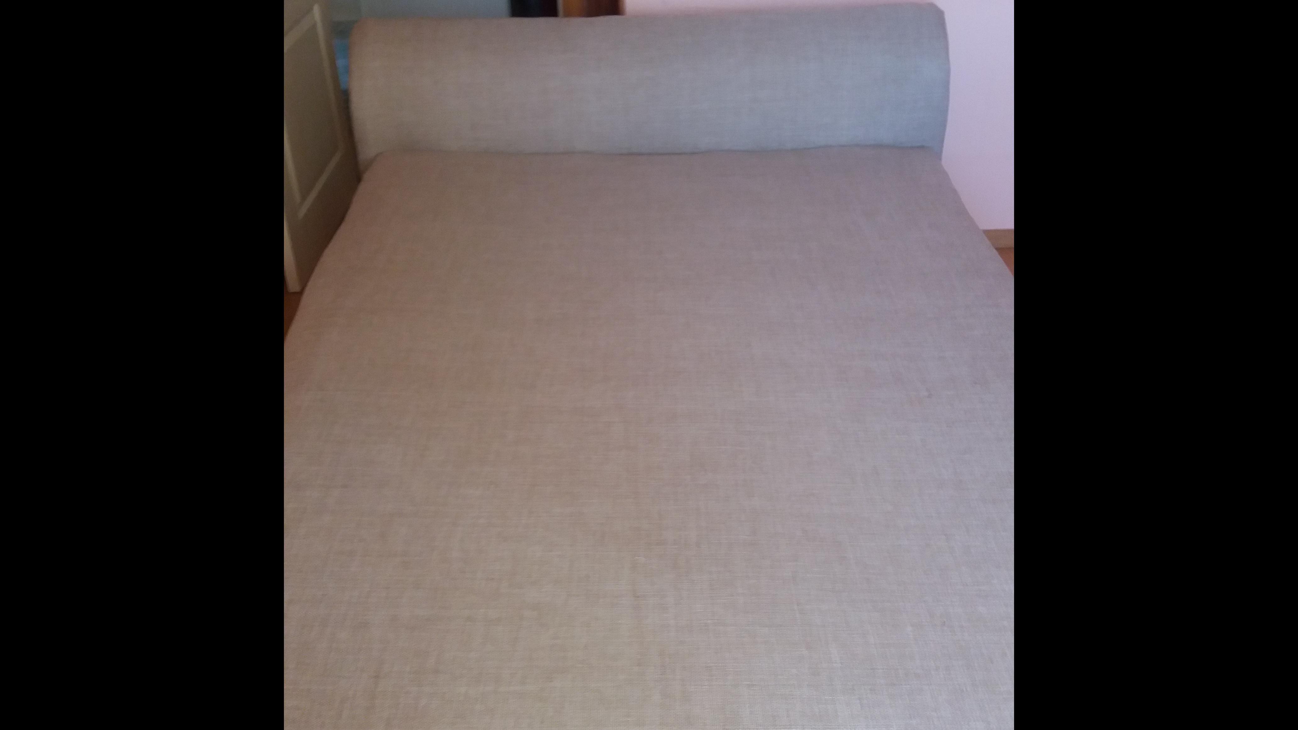 Фото Проведена полная замена внутренних составляющих дивана и его перетяжка. Времени на работу ушло два дня.