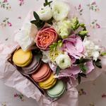 Букеты, сладости, подарки к праздникам