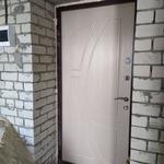 Установка входных дверей