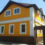 От 500 гр/м2 с материалом. Утепление фасадов домов и квартир. Быстро и качественно. Приятные цены