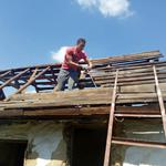 Демонтаж сараев, дачных домиков, заборов.