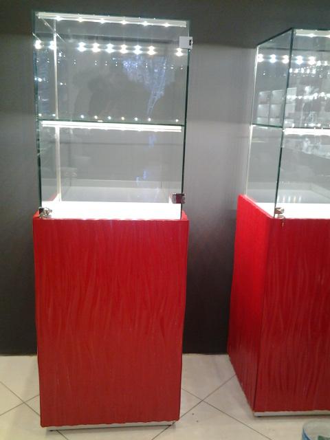 Фото Сборка торговой мебели.