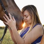 Фотосессии с лошадьми в КСК Росинант, прогулки верхом по о.Хортица