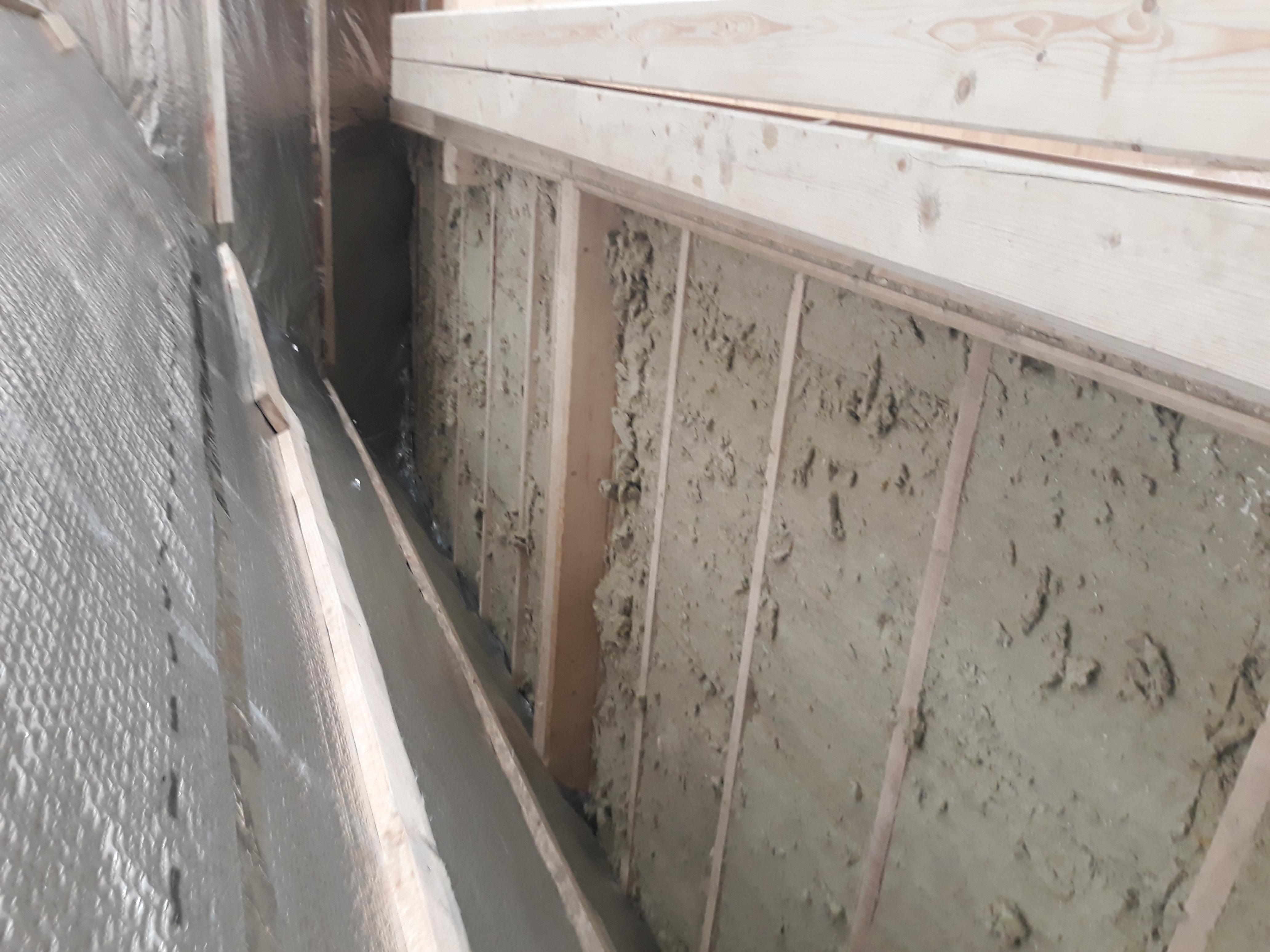 Фото Утеплення перекриття мінеральною ватою