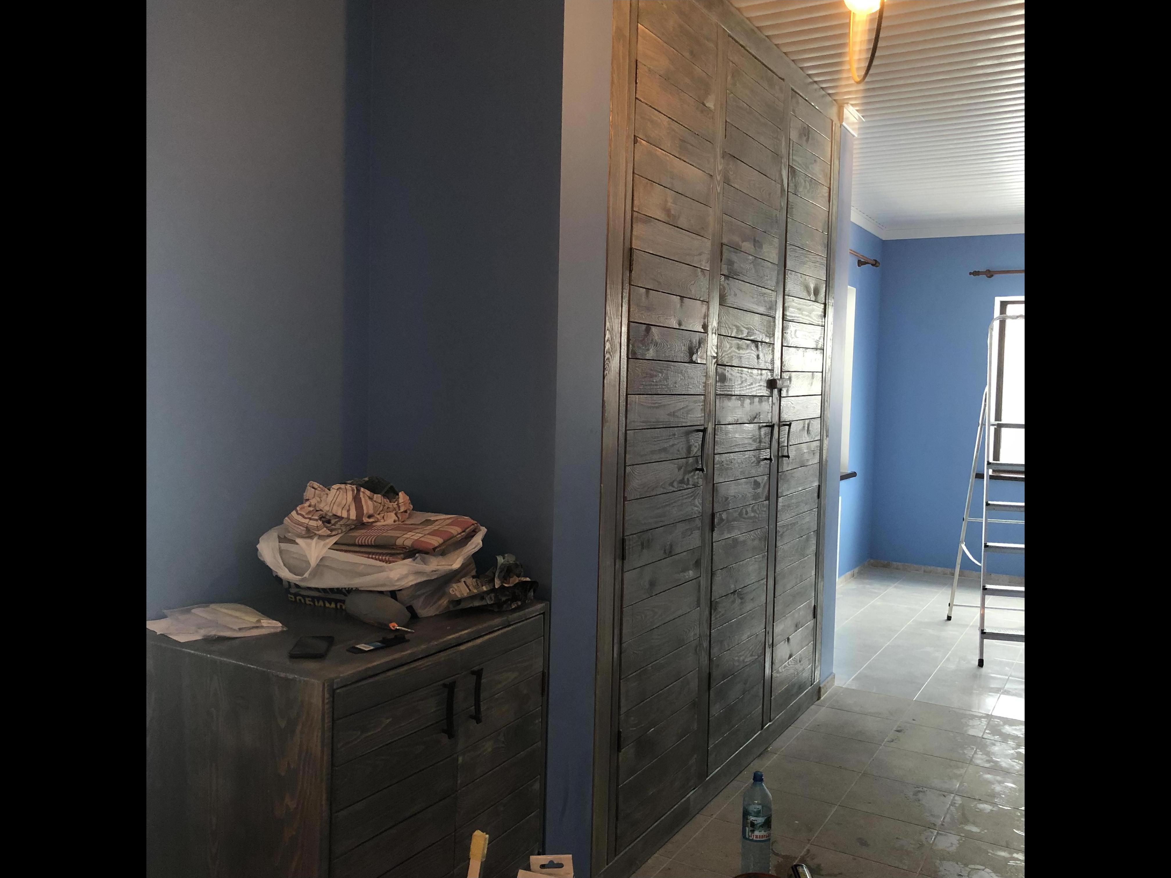 Фото Изготовление деревянного шкафа в стиле Паллет.