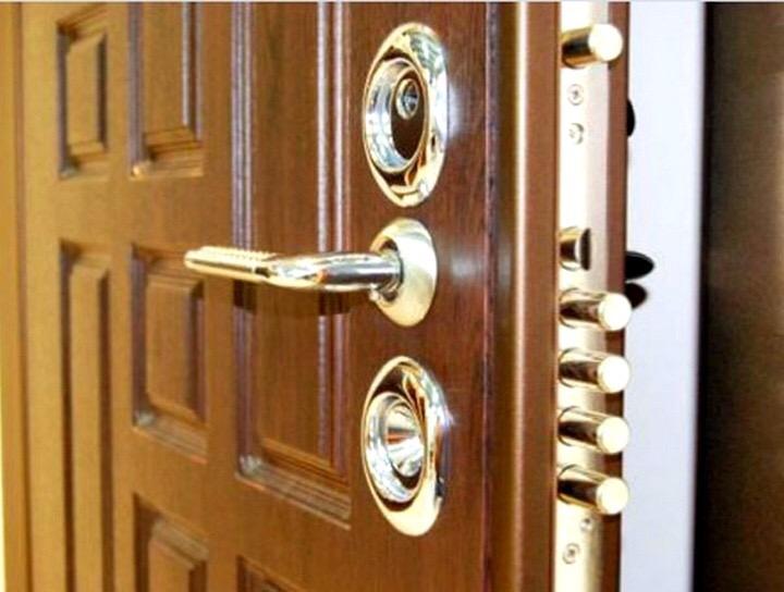 Фото Изготовления ремонт дверей  1