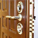 Изготовления ремонт дверей