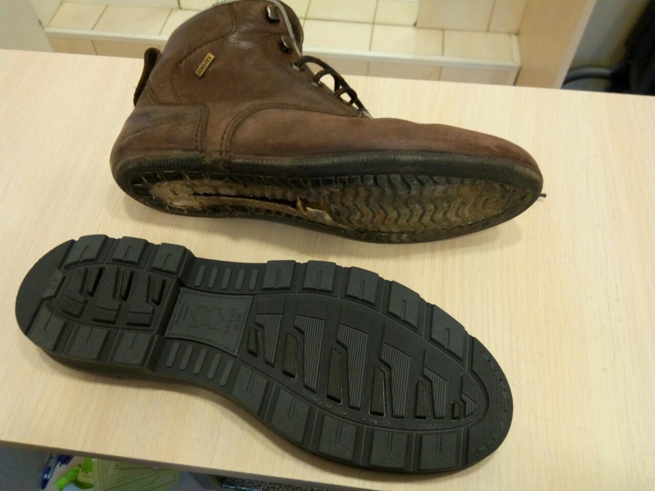 Фото Замена подошвы ботинок.