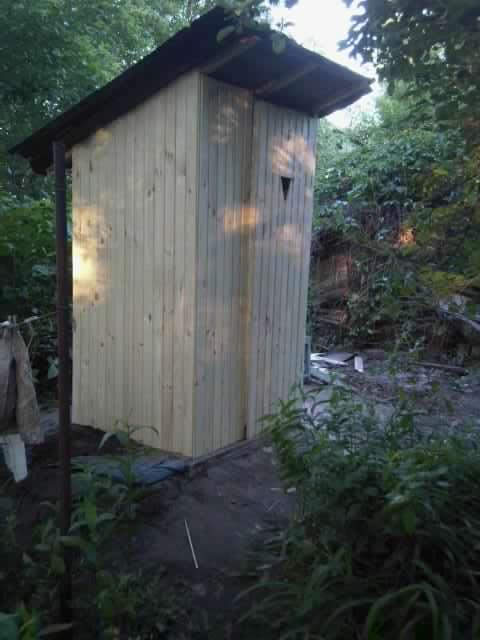"""Фото Строительство летнего деревянного туалета """"под ключ""""."""