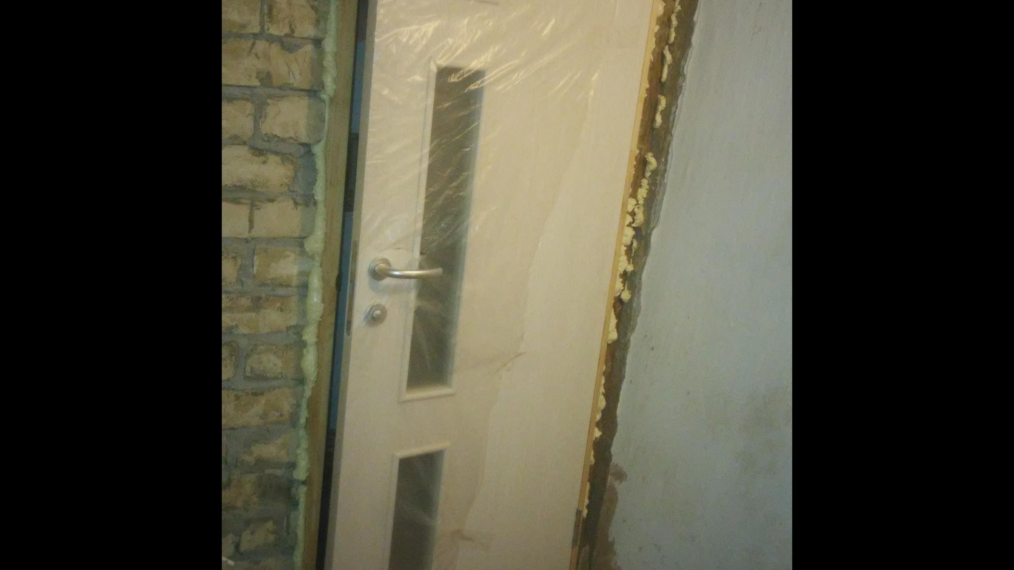 Фото Установка с вреской межкомнатных дверей за полтора часа