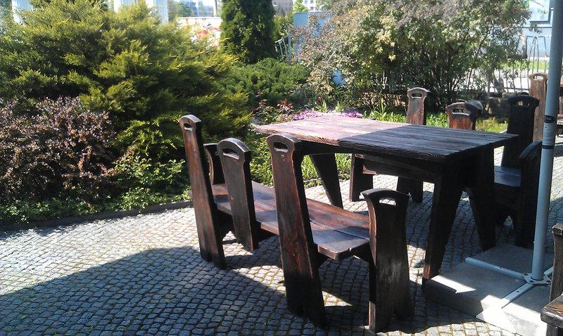 Фото Деревянная мебель для ресторанов, кафе и пабов.