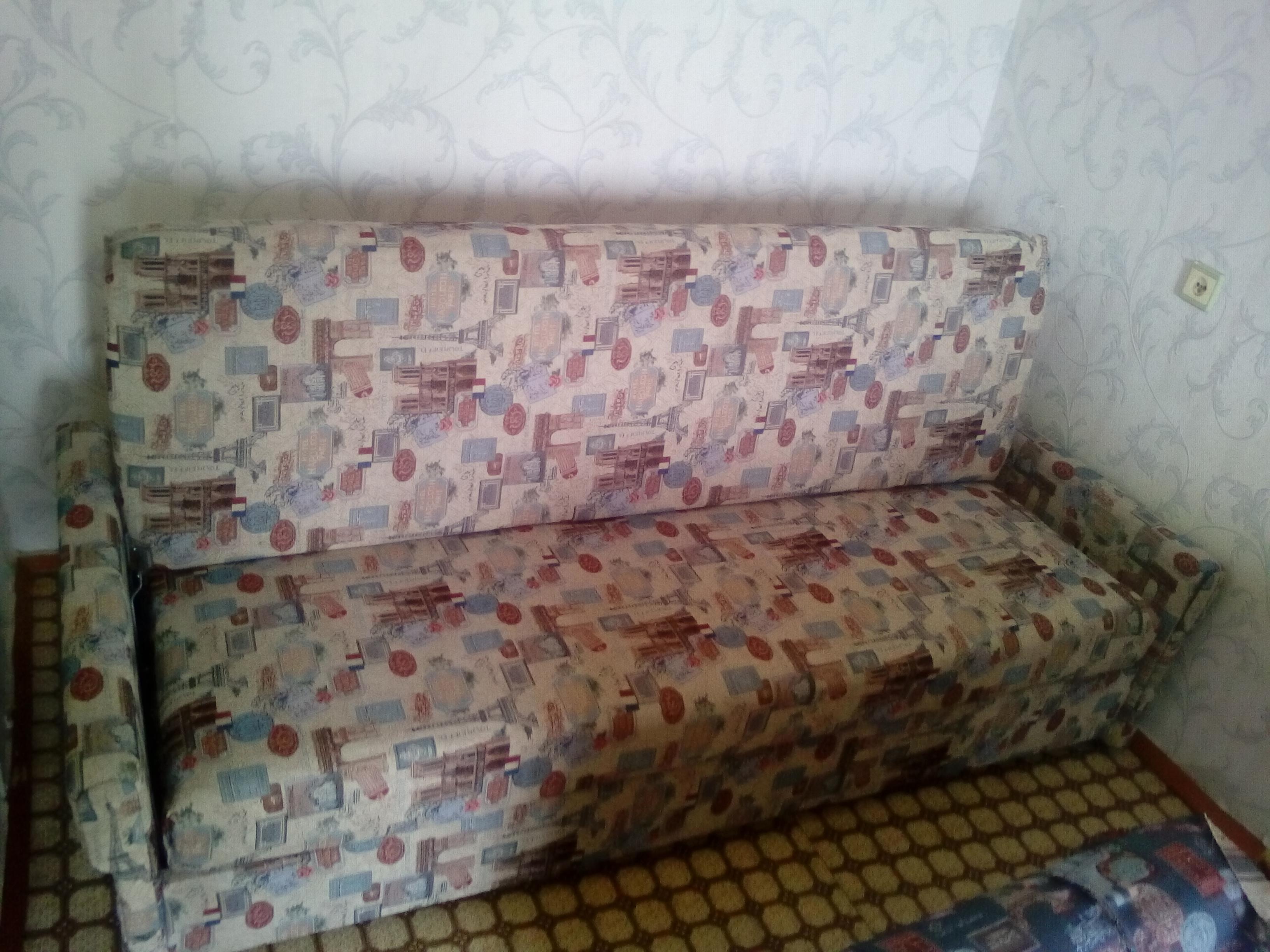 Фото Полная разборка и реставрация старого дивана, вот что получилось.