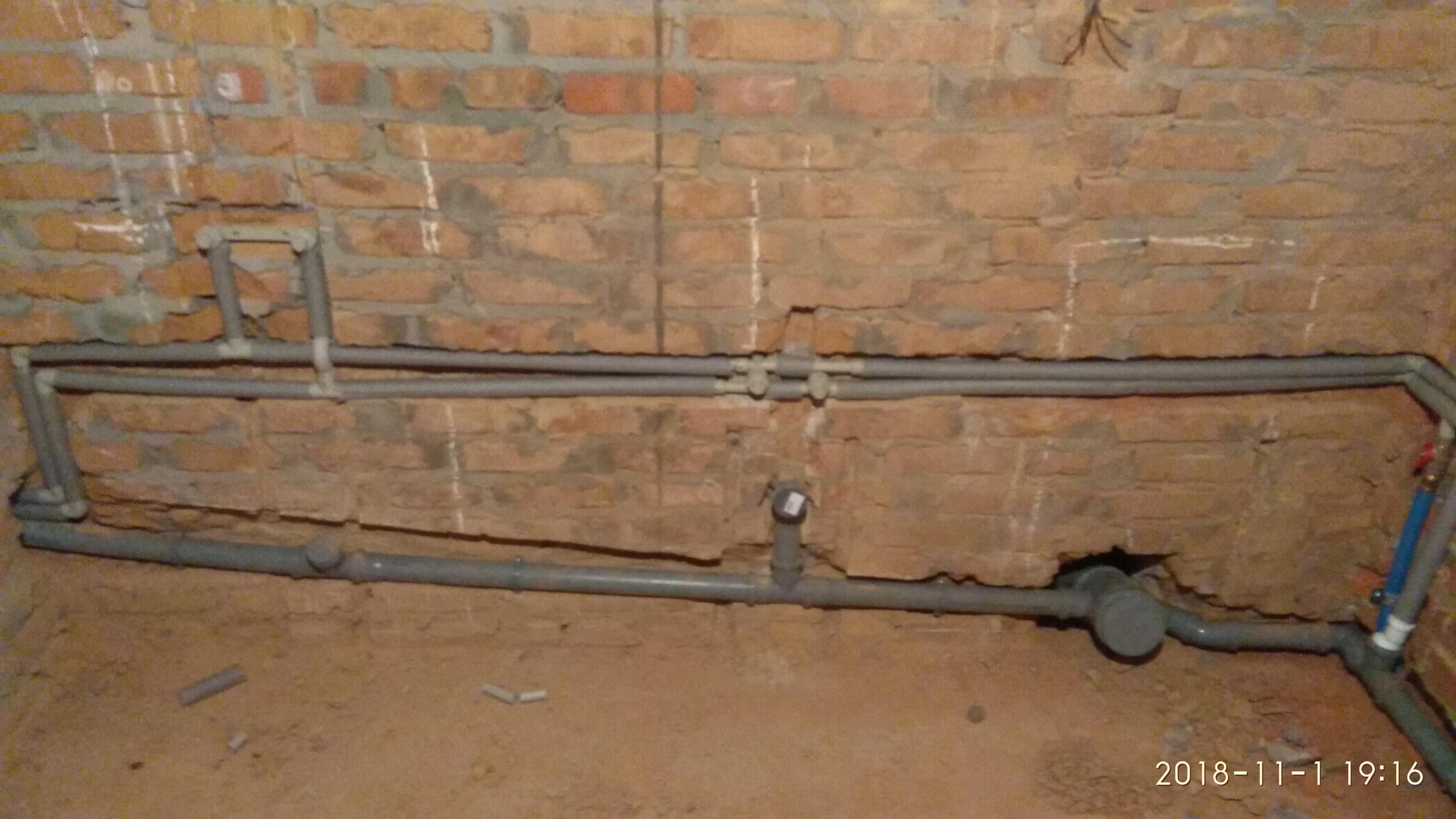 Фото Мотаж системи водрпостачання в квартирі з нуля.