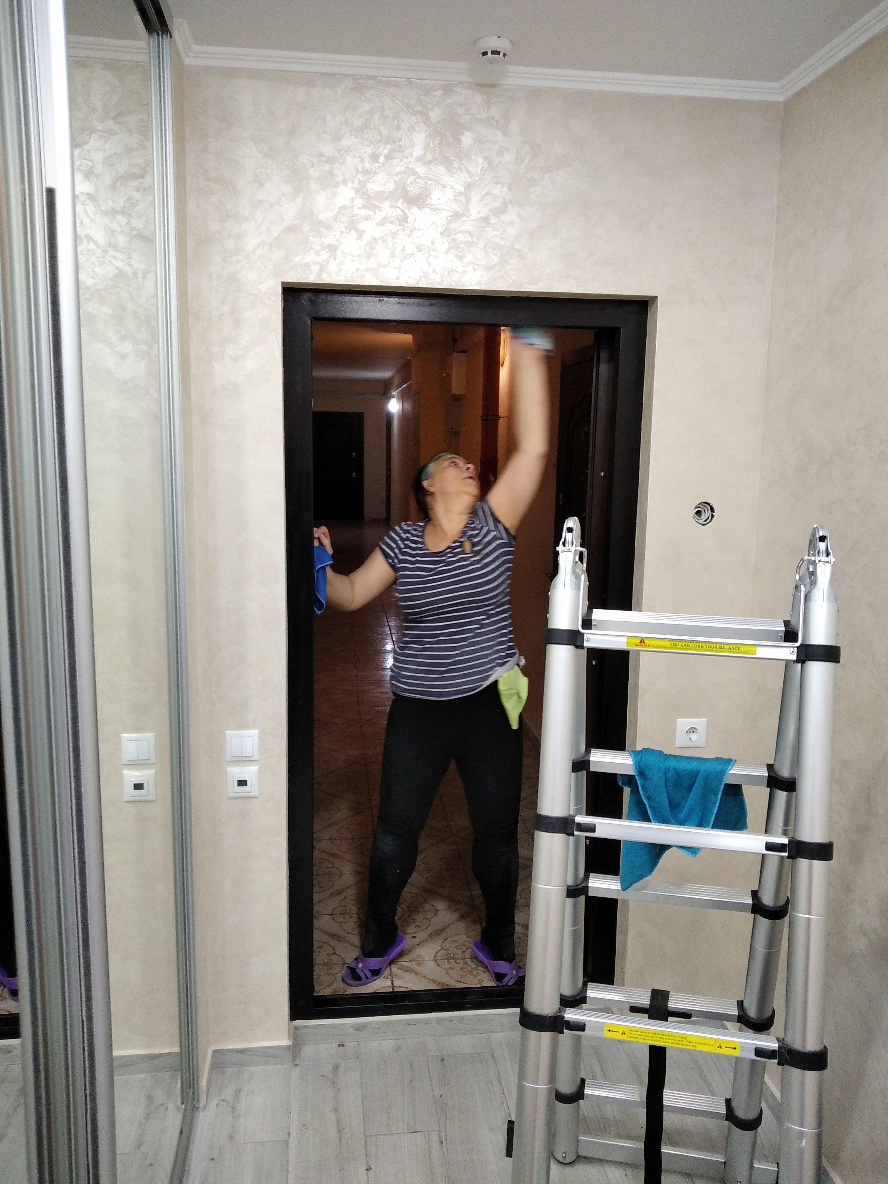 Фото Уборка после ремонта всегда заканчивается входной дверью и хорошим настроением владельца. Это мы вам гарантируем.