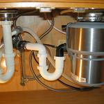 Установка диспоузера (измельчителя пищевых отходов)