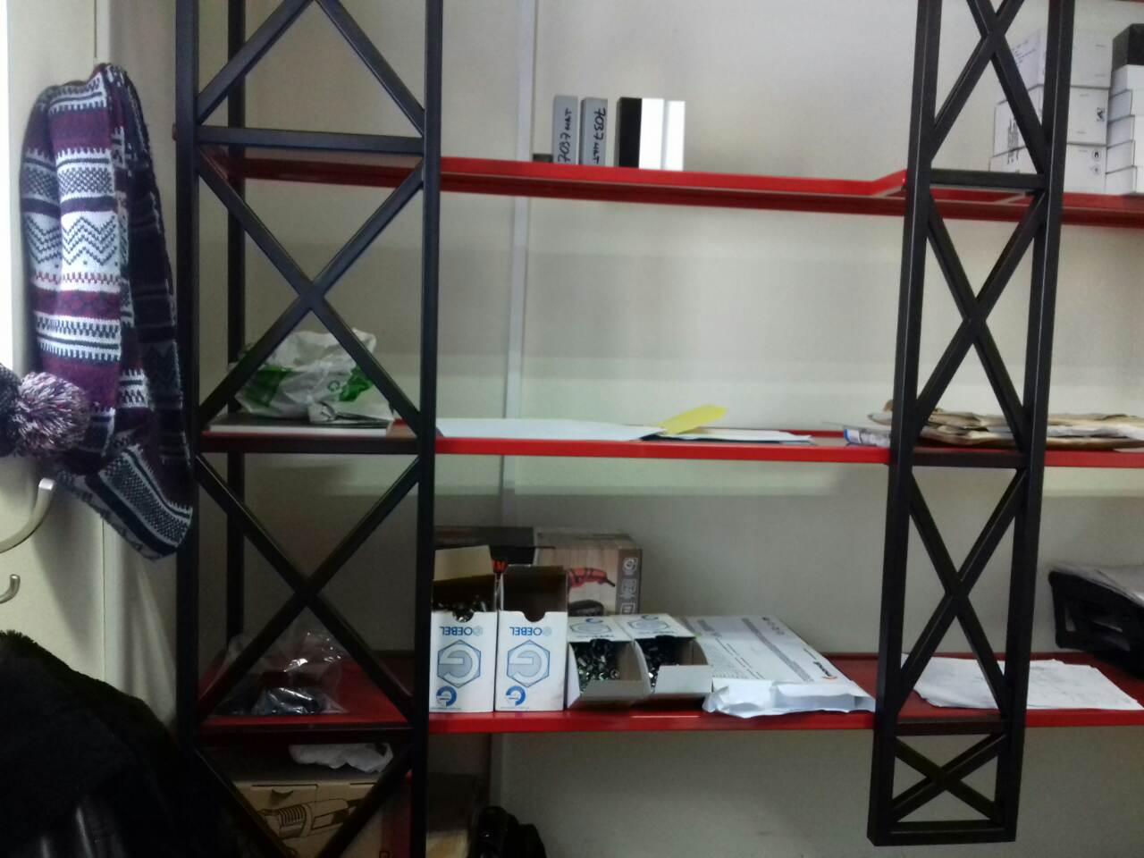 Фото виготовлення стелажів у офіс. порошкова покраска.