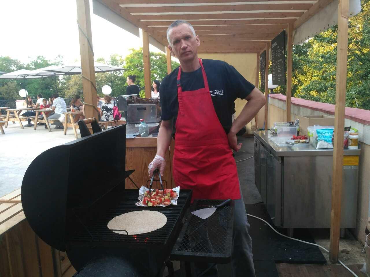 Фото Приготовление мяса и овощей на мангале 1