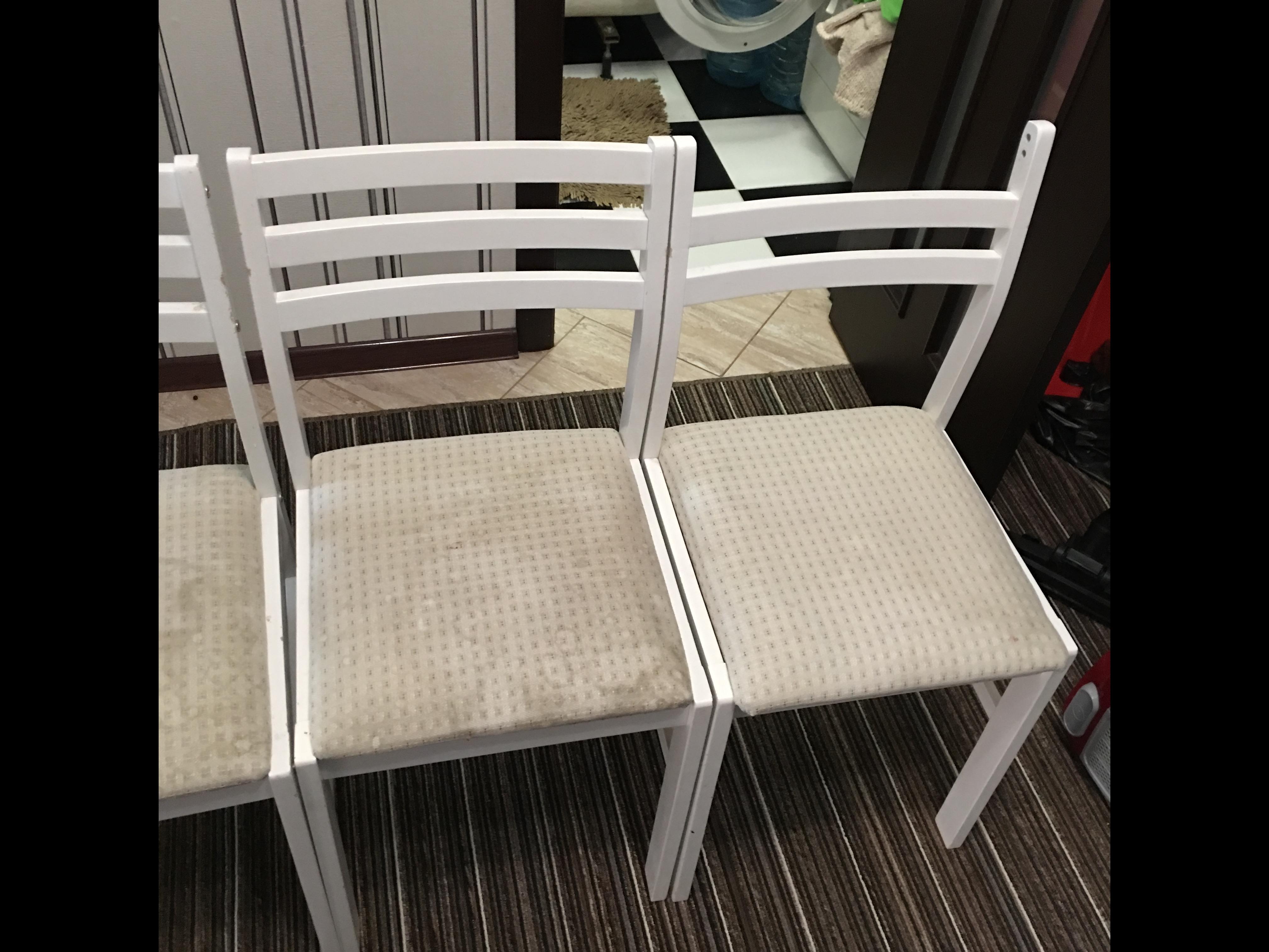 Фото Химчистка кухонных стульев (до)
