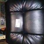 Перетяжка офисных кресел,стульев ,диванов