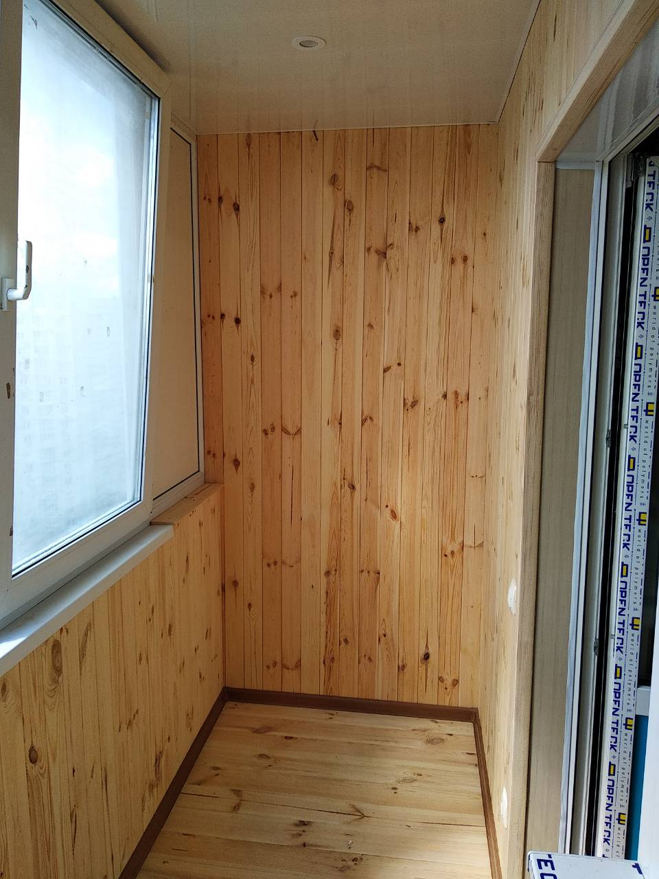 Фото Обшивка деревянной вагонкой