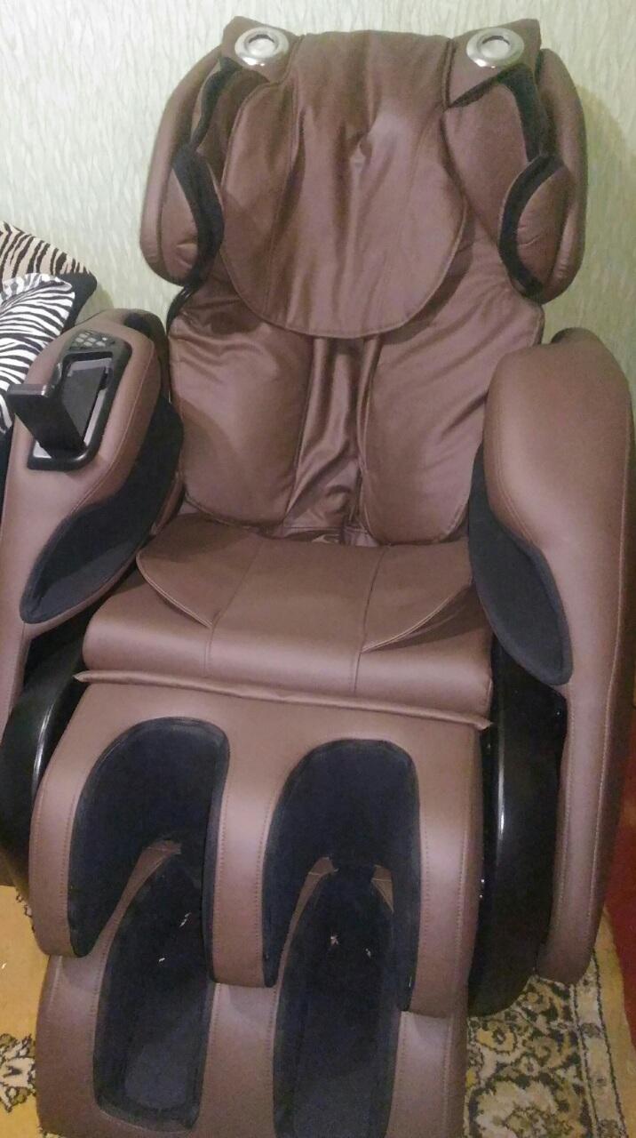 Фото Збирання масажного крісла Osis Vivo III.