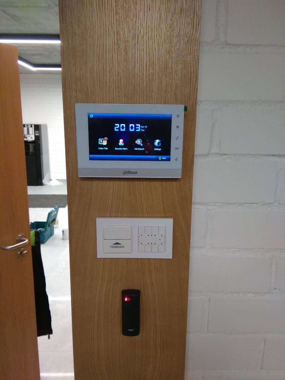 Фото Встановлення ІР домофона для проходу в офіс