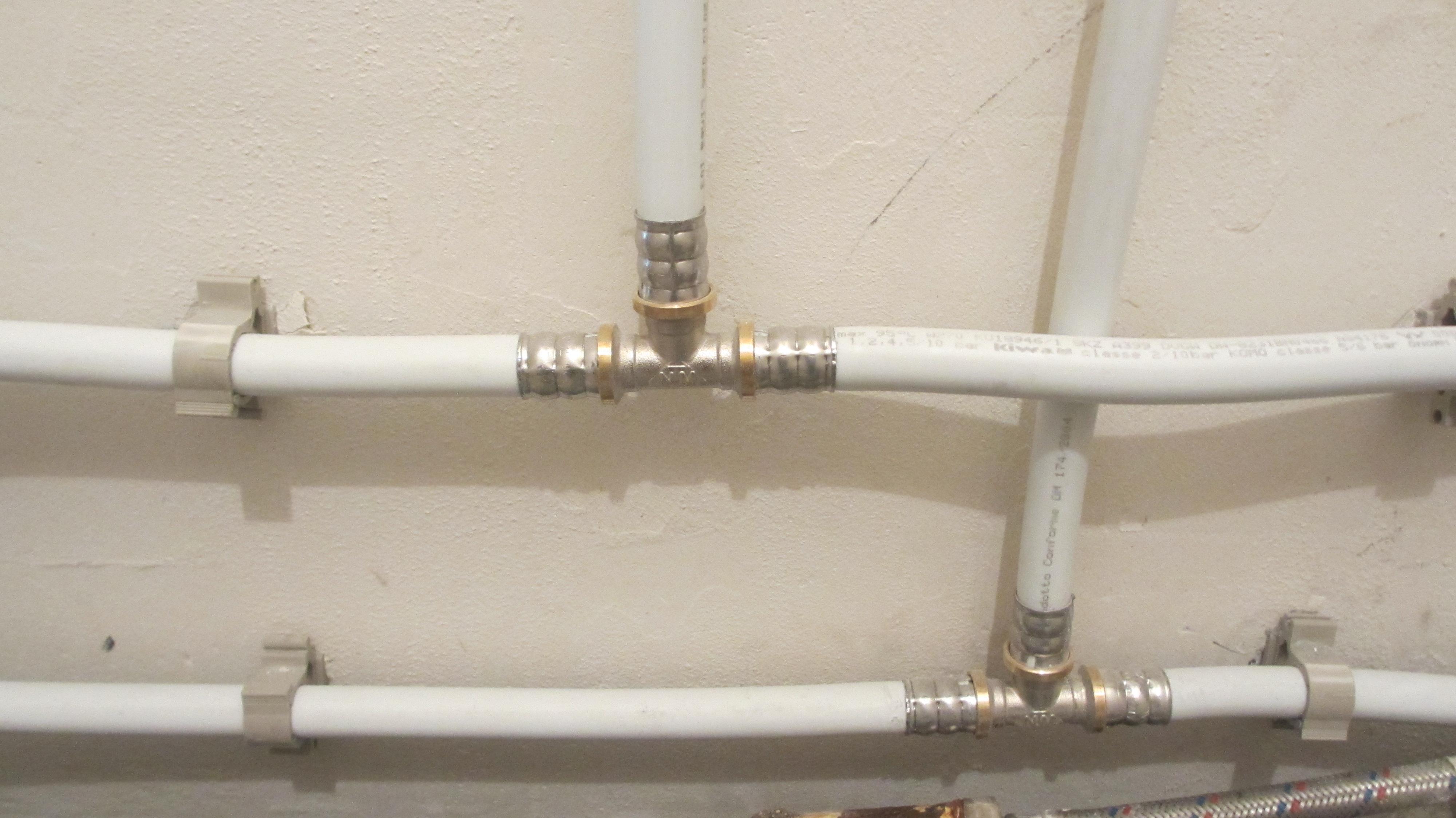 Фото Монтаж, полная или частичная замена водопровода в квартире 3