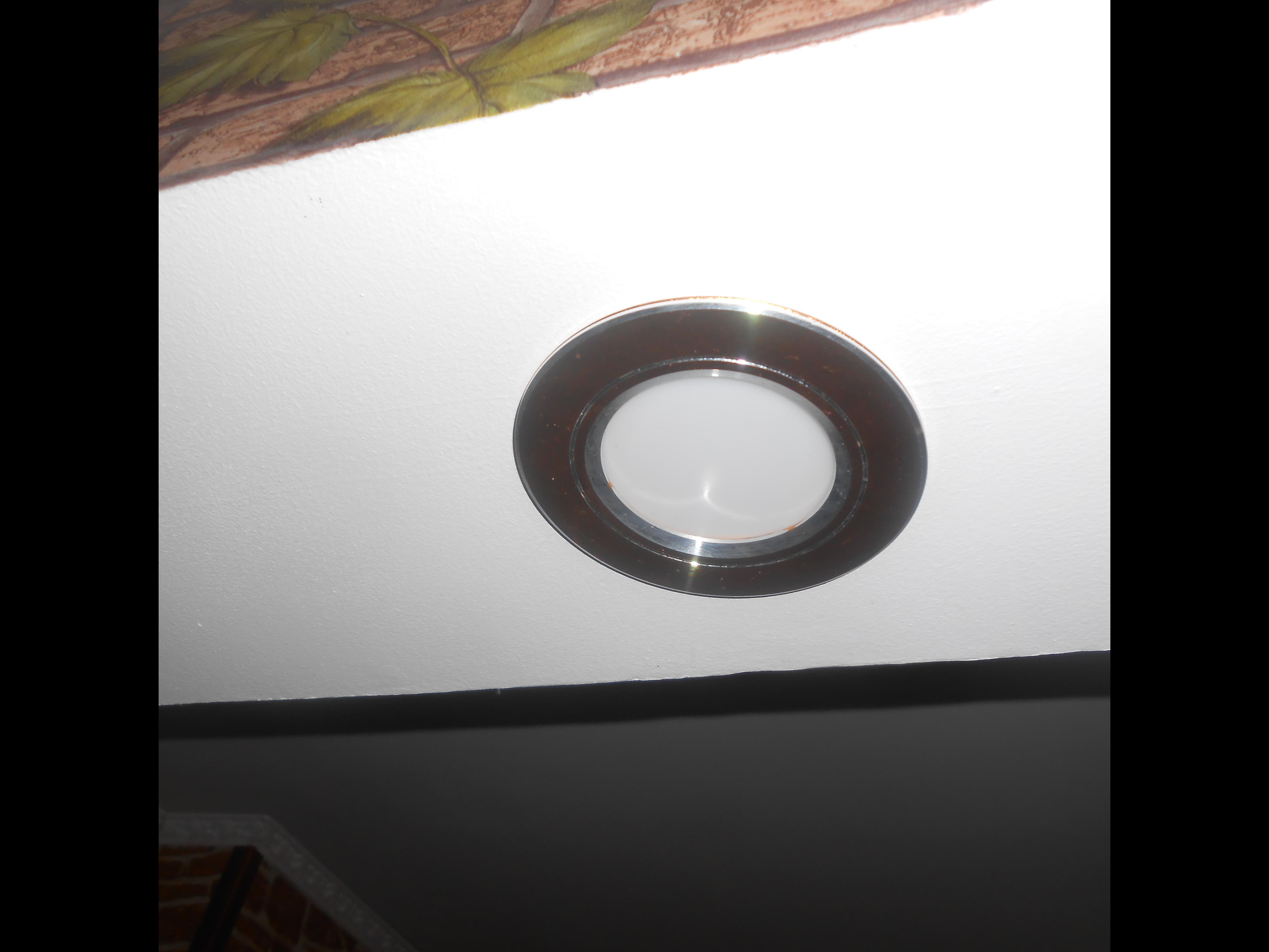 Фото установка  светильников