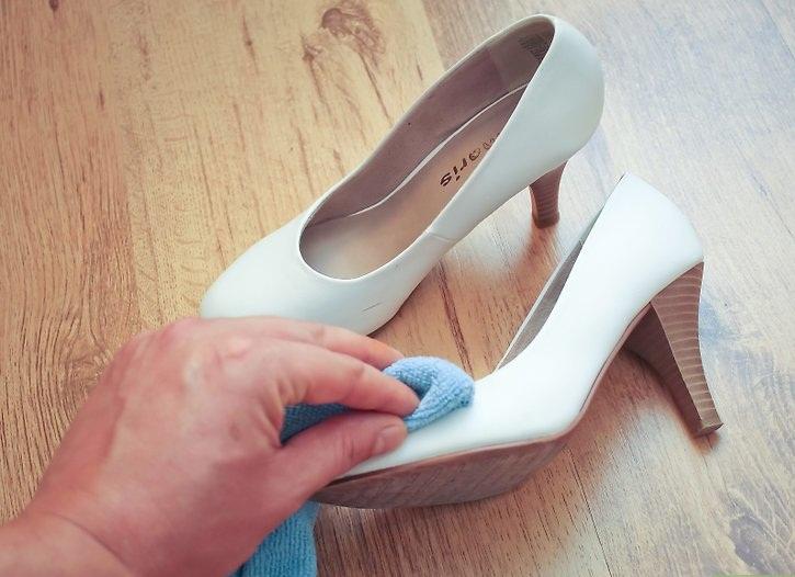 Фото Восстановление идеально белого цвета обуви  1