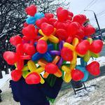 Букеты из шариков(делаю сам) или живые цветы