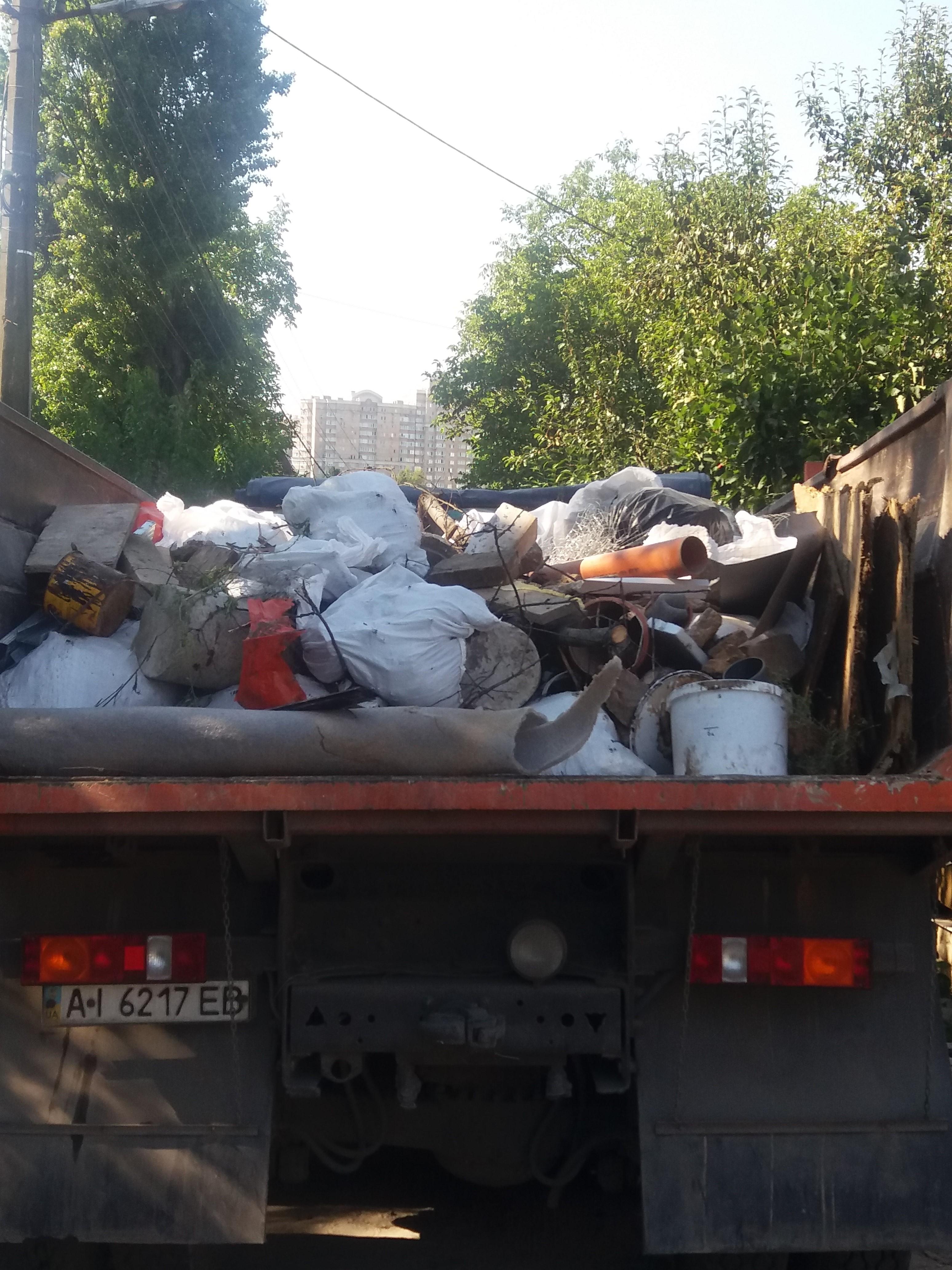 Фото Вынос и погрузка мусора есть машины КамАЗ зил газон газель