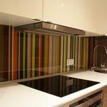 Изготовление  стеклянных  панелей для кухни