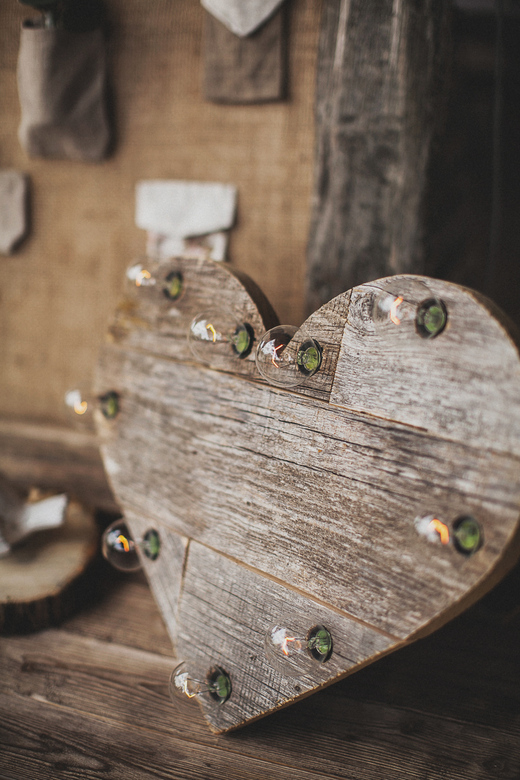 Фото  Изготовление деревянного сердца с Подсветкой