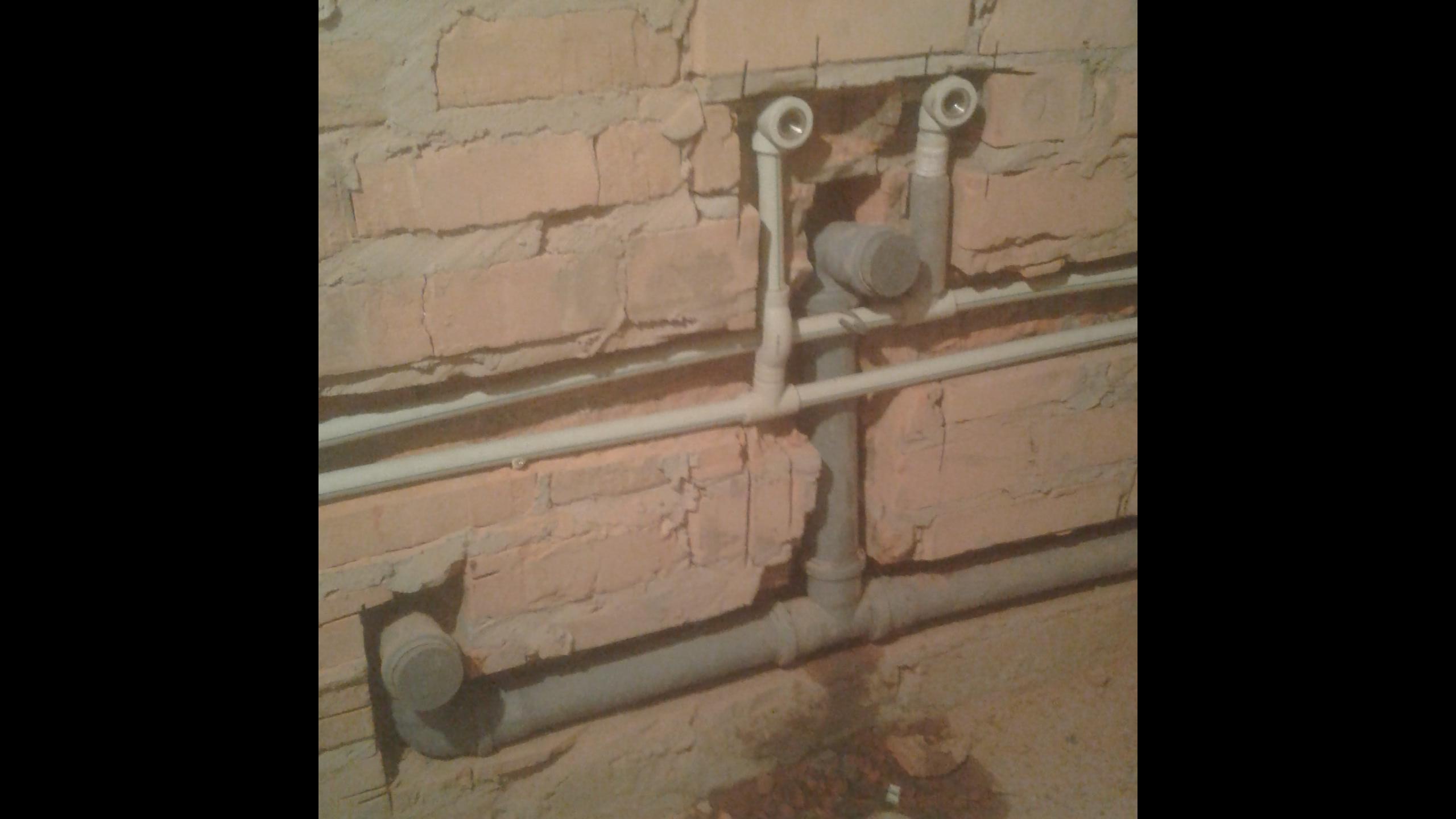 Фото Монтаж водопроводных труб, канализации.