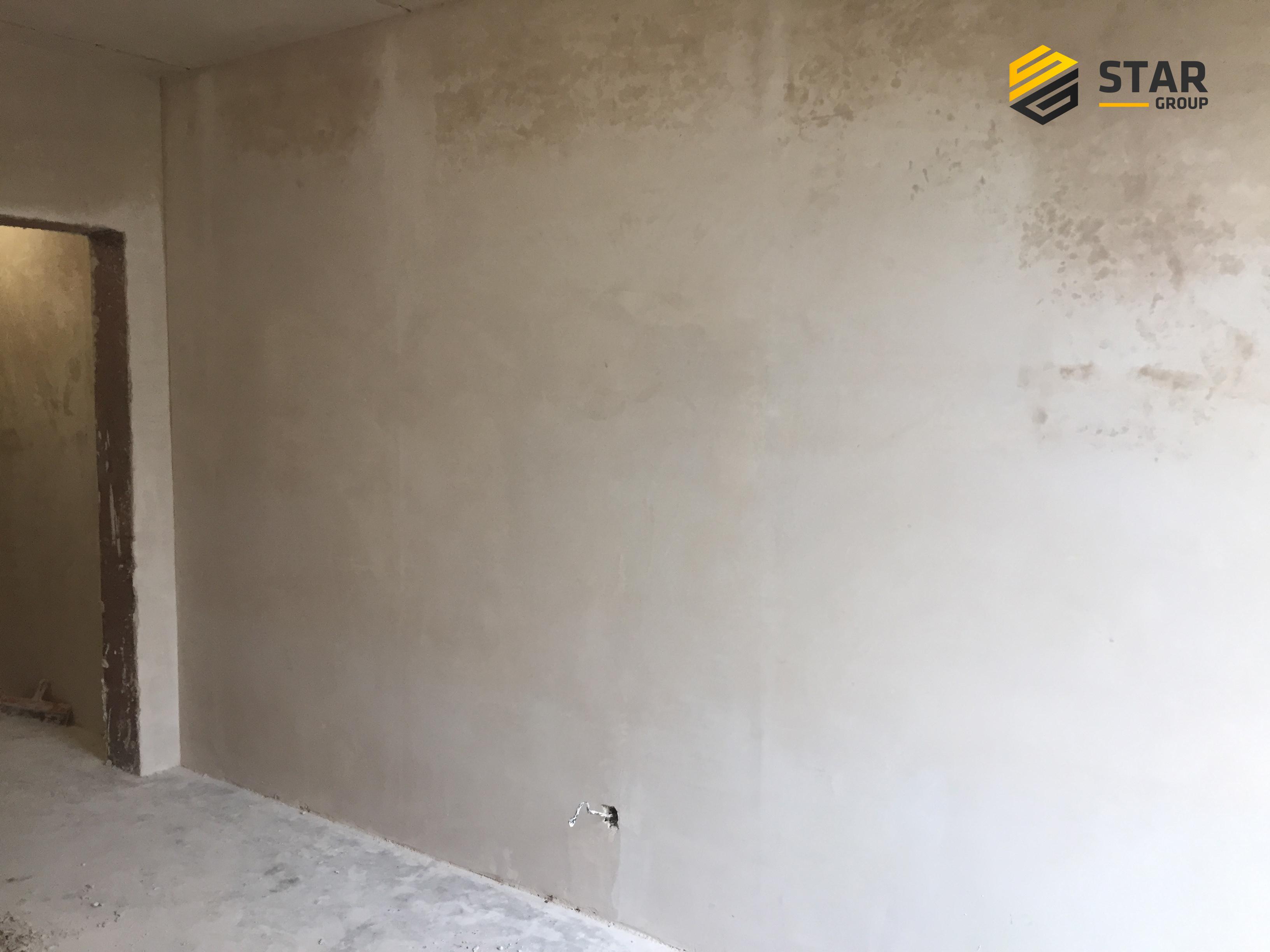 """Фото ЖК Комфорт Таун. Машинная штукатурка стен и потолка. Выполнено согласно """"ДБН України""""."""