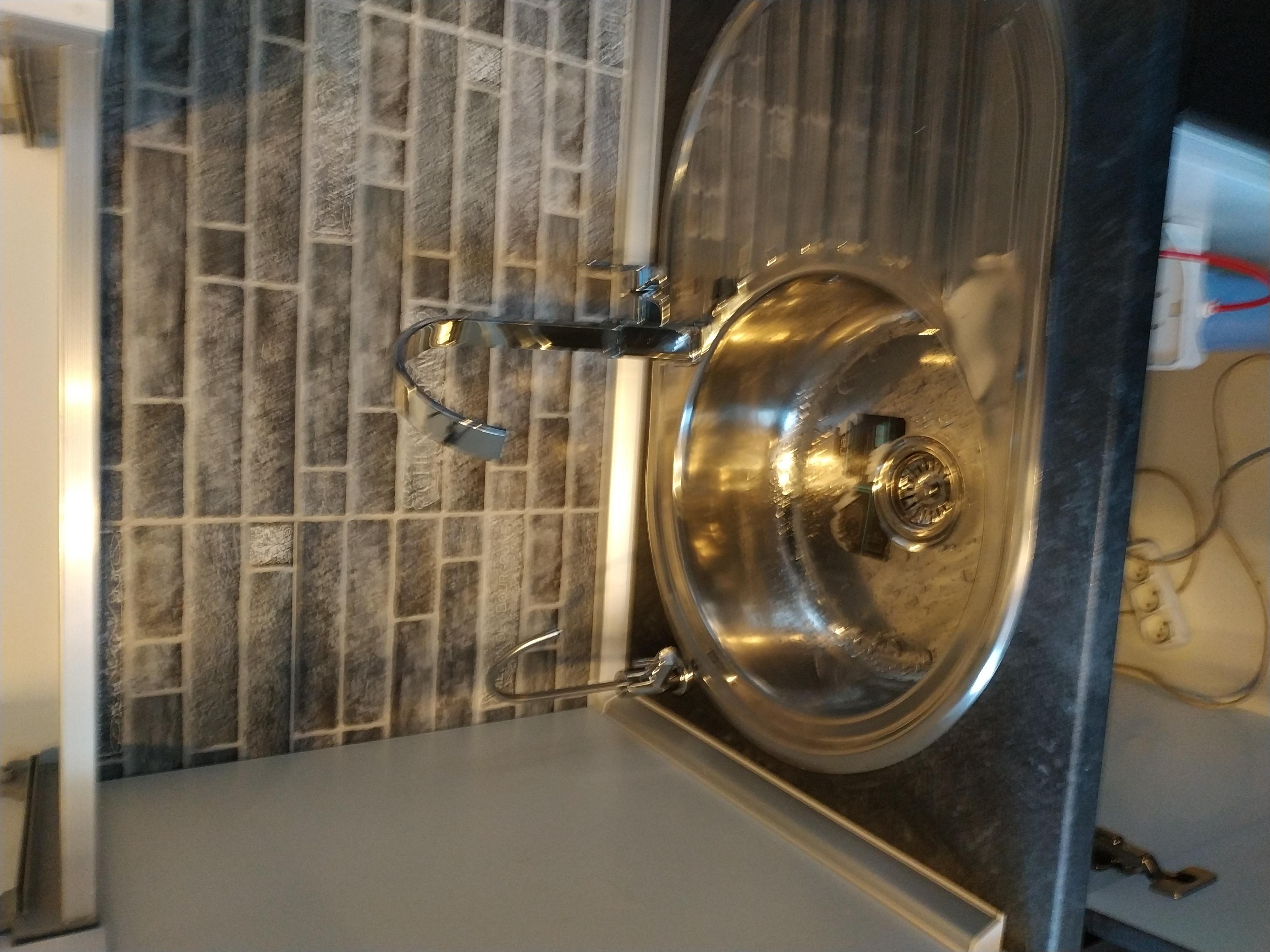 Фото Установка смесителя и крана фильтра.