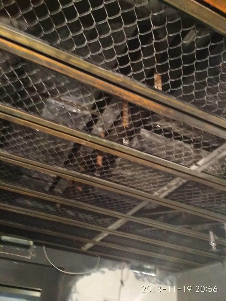 Фото Сварка подвисного потолка Loft