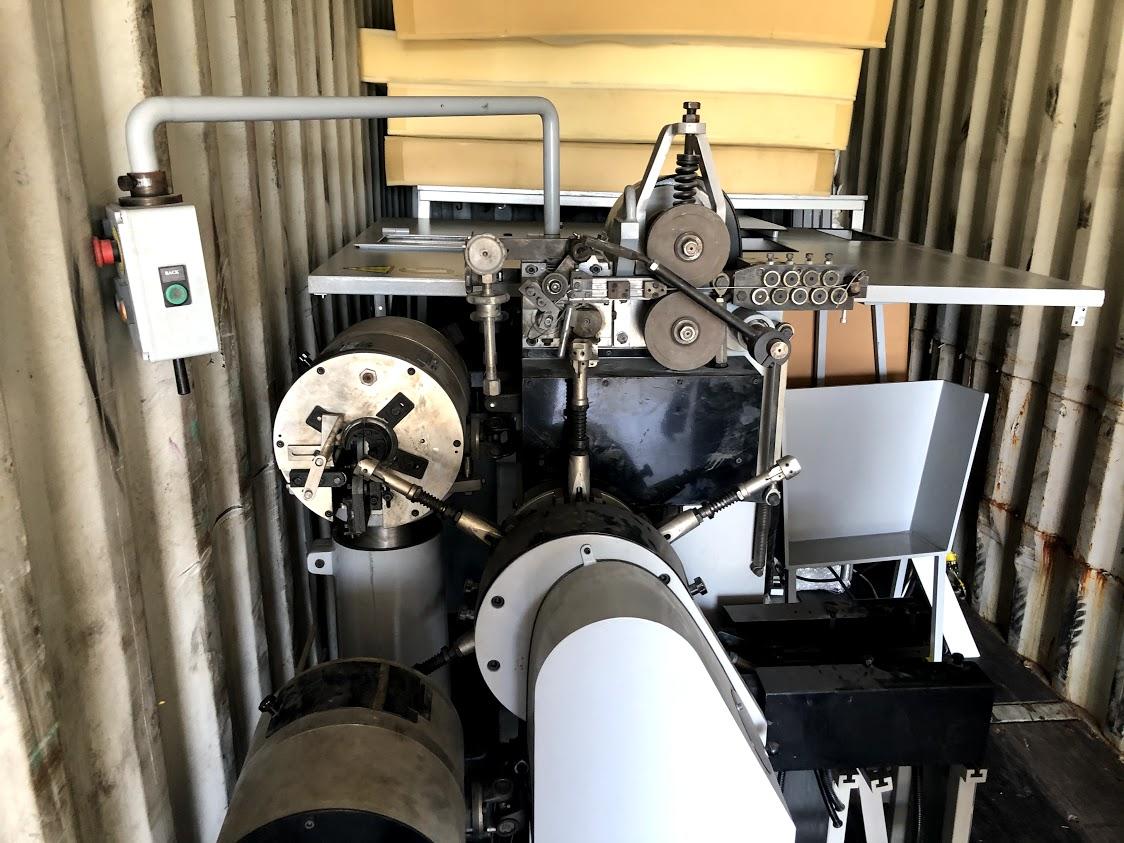 Фото Разборка, загрузка в контейнер цеха по производству матрасов для отправки в Армению.   Тяжелые предметы до 2х тон.