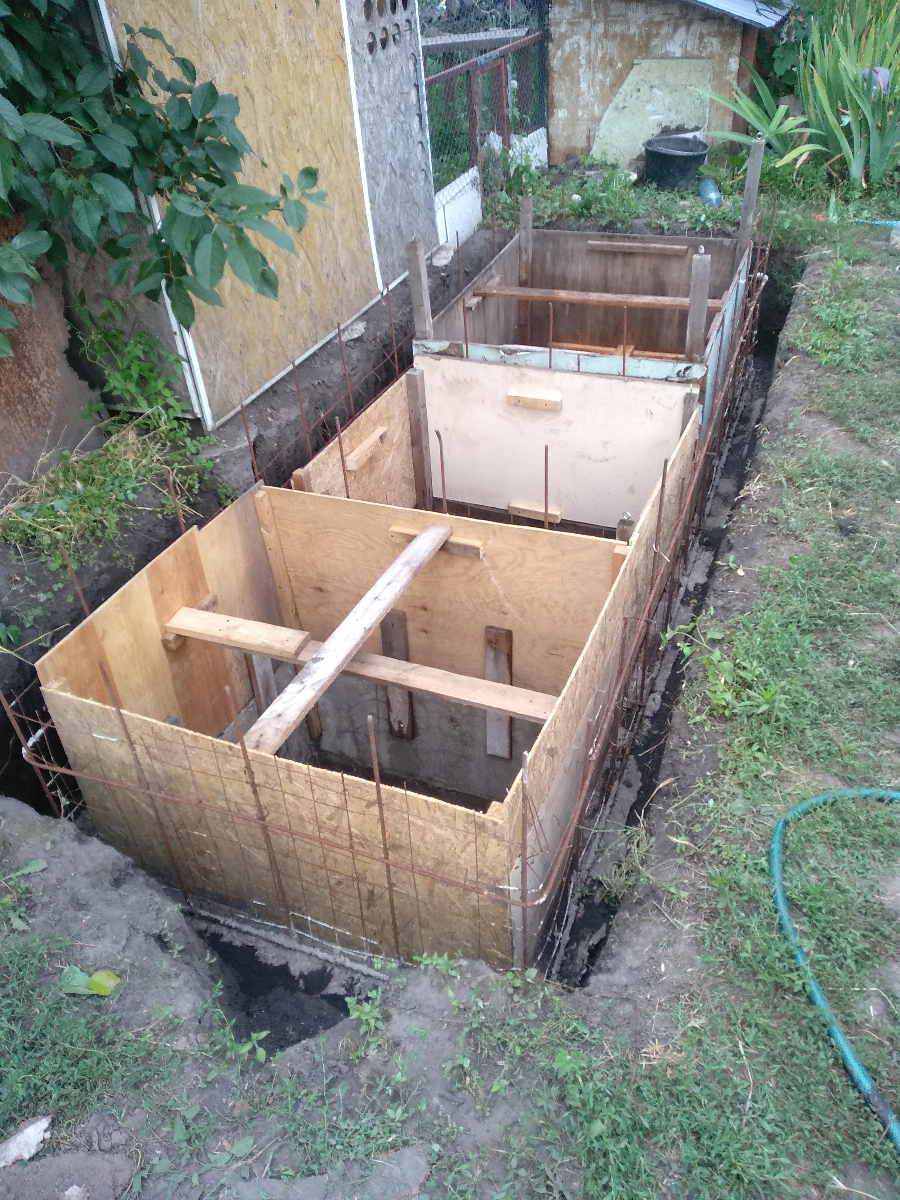 Фото Фундамент под санузлы на даче