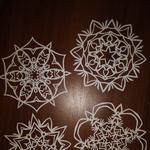 Новогодние украшения из бумаги! Снежинки ажурные.
