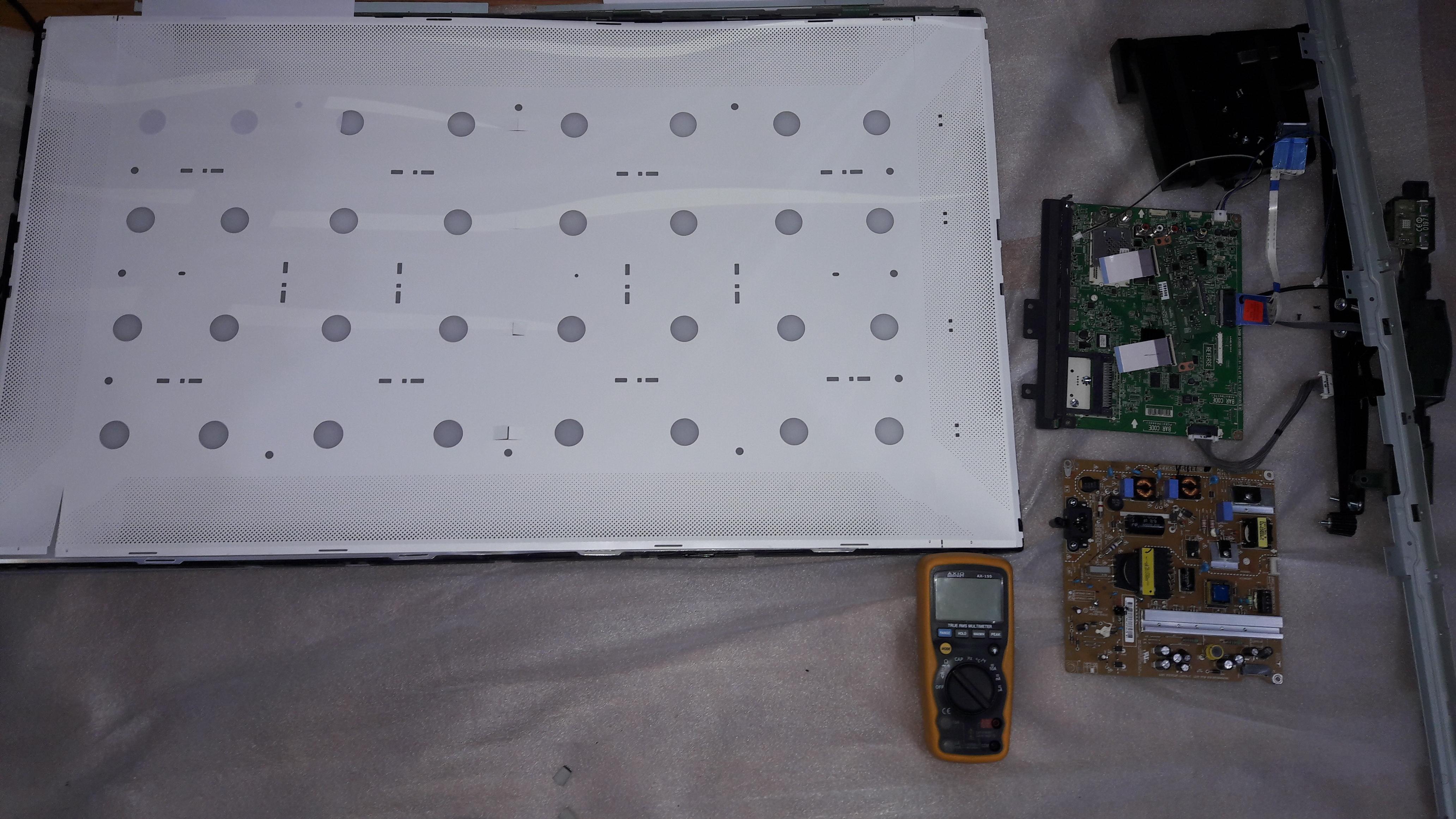 """Фото ремонт LED подсветки матрицы телевизор LG 32"""""""
