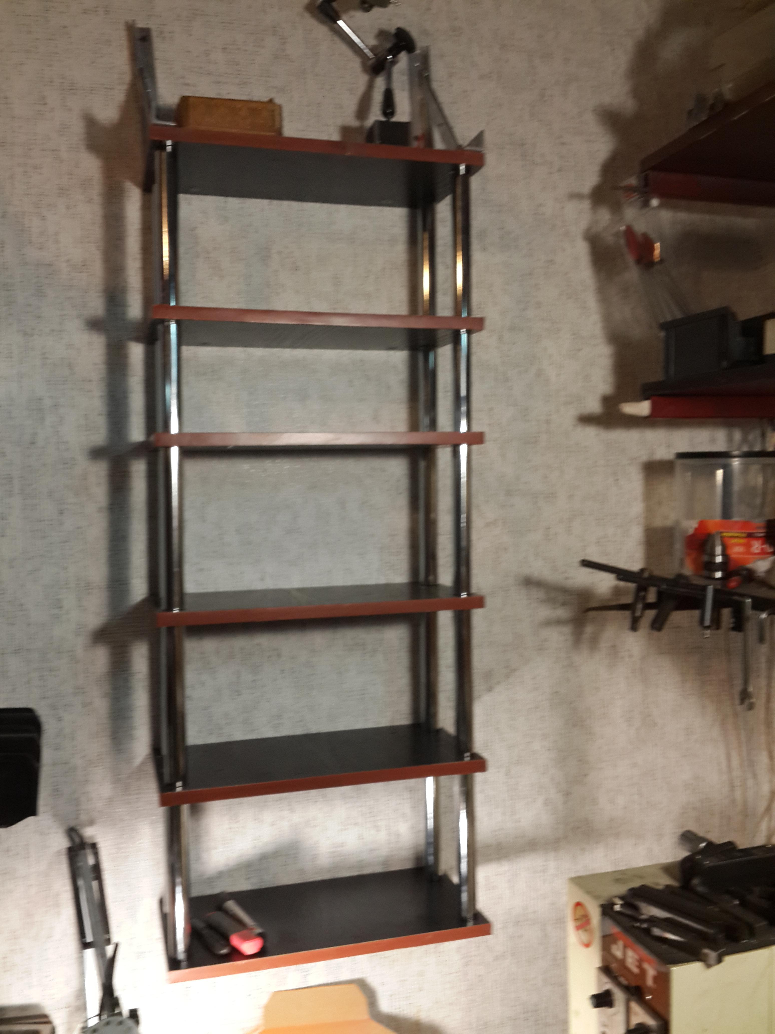 Фото Недорогие полочки для дачи\гаража\мастерской по индивидуальным  размерам .
