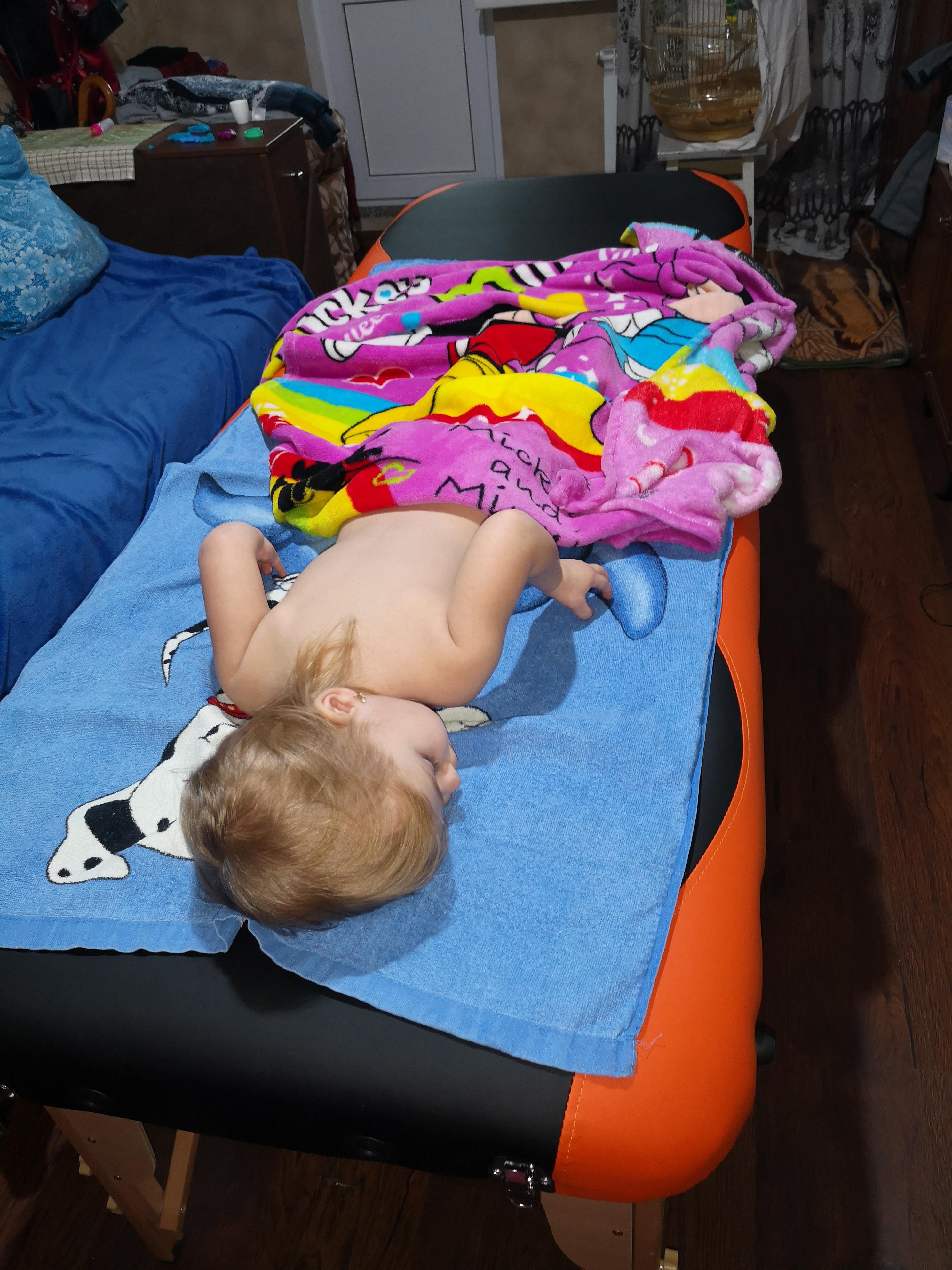 Фото Дитячий масаж