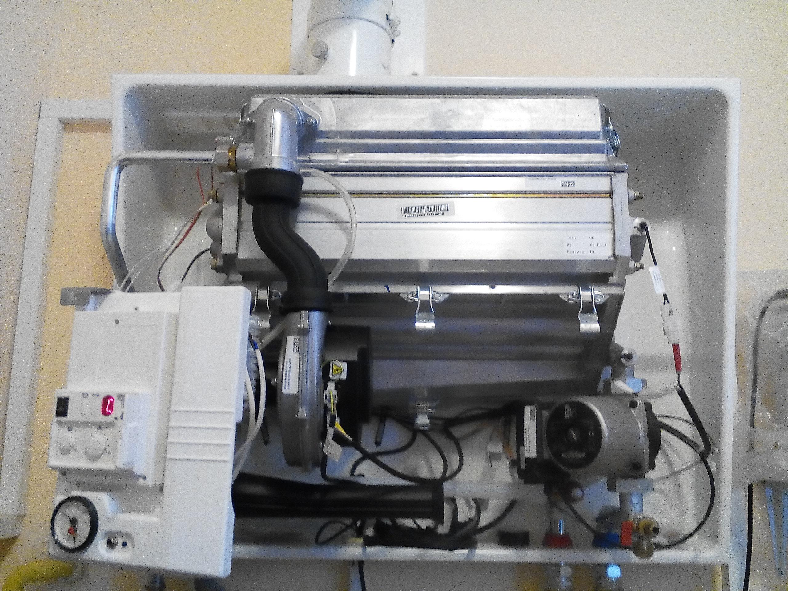 Фото Подключение программатора(комнатного термостата)