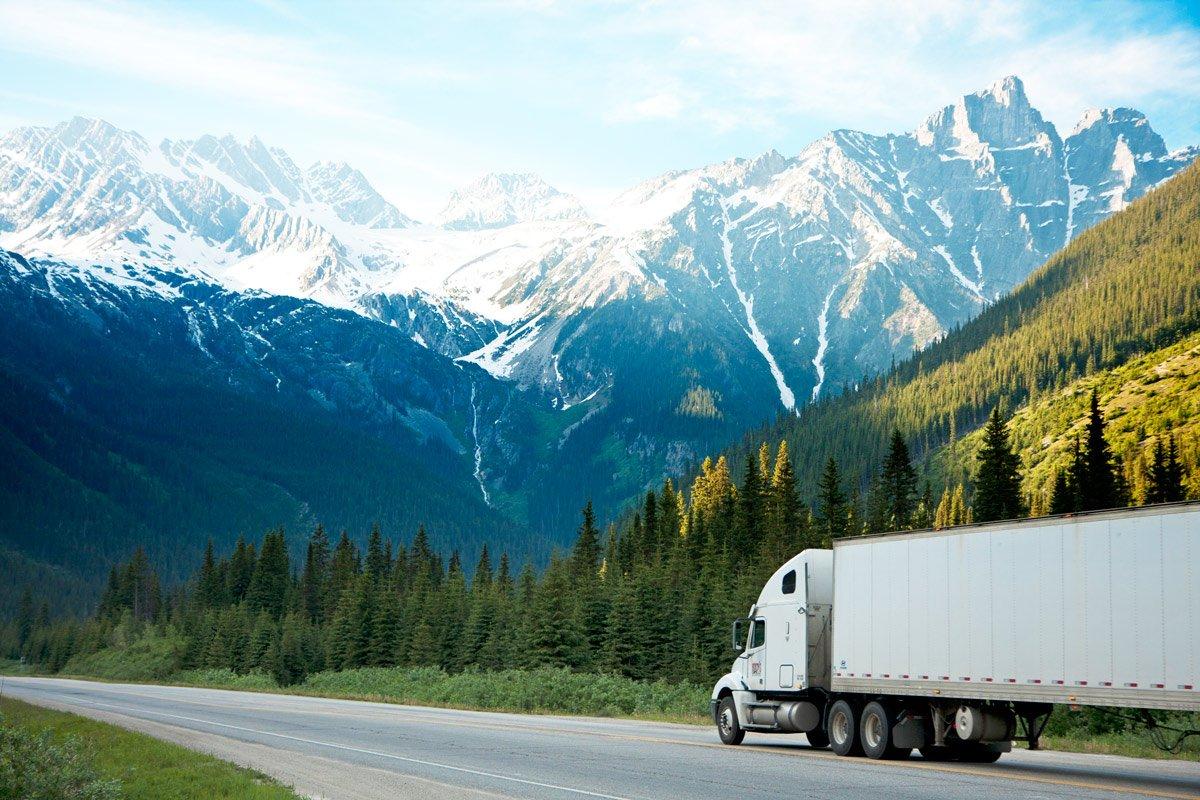 Фото Организация перевозки грузов по Украине 1
