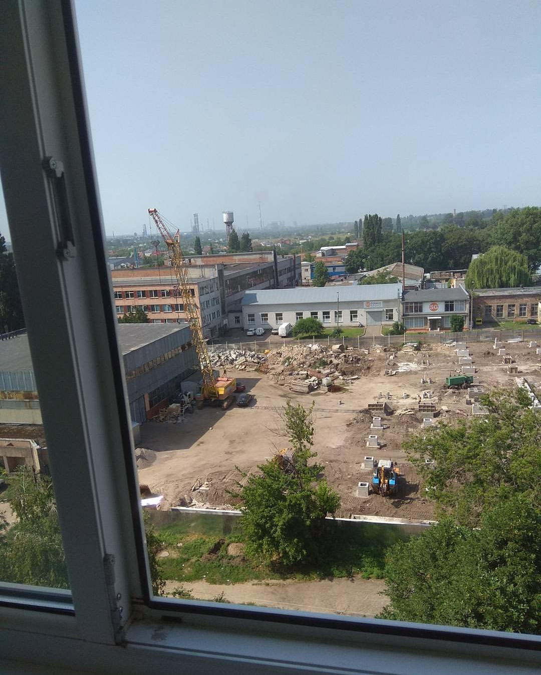 Фото Мойка окон на верхних этажах