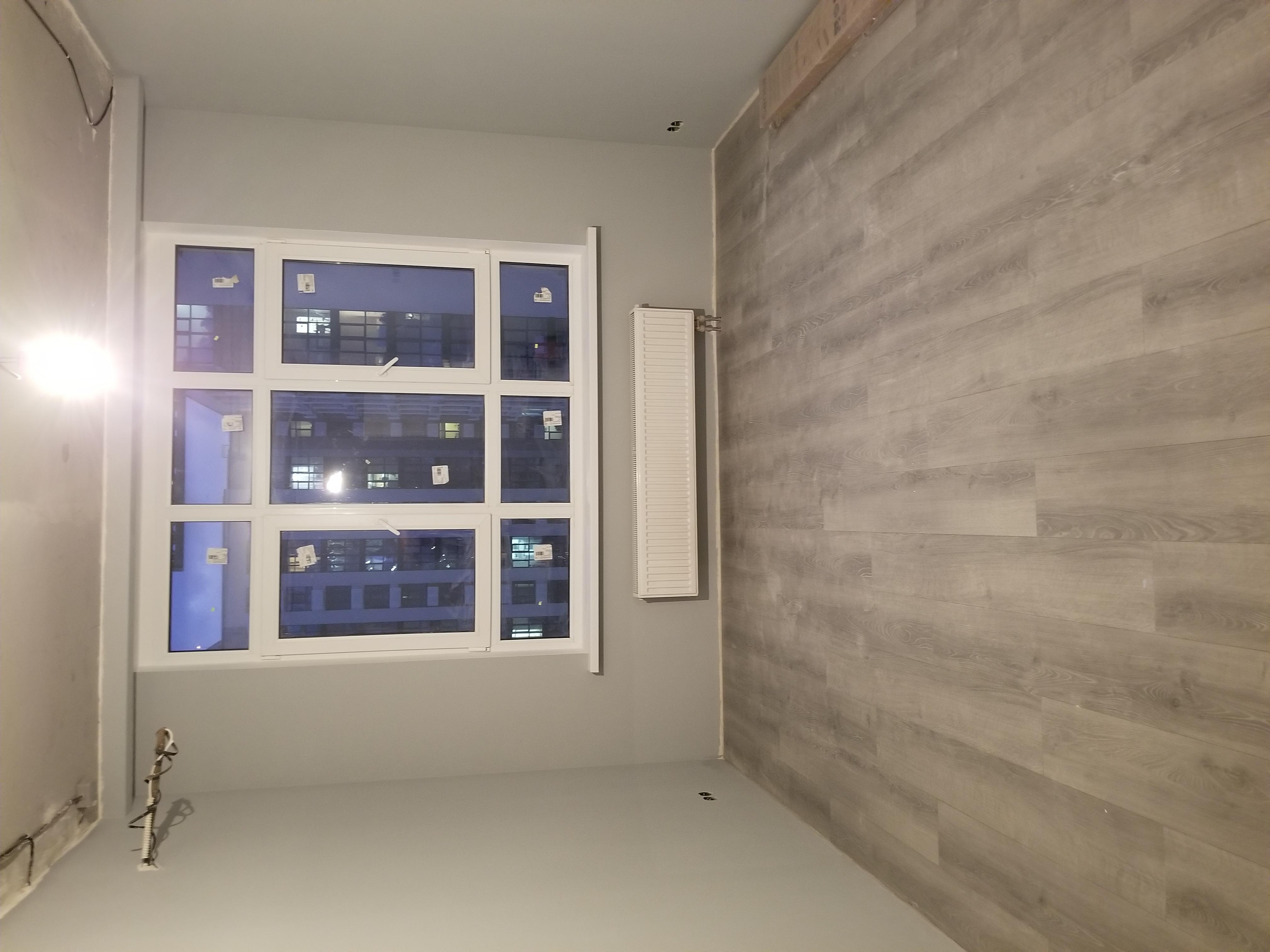 Фото Поклейка стеклохолста, шпатлевка стен под покраску, монтаж ламината, покраска стен.